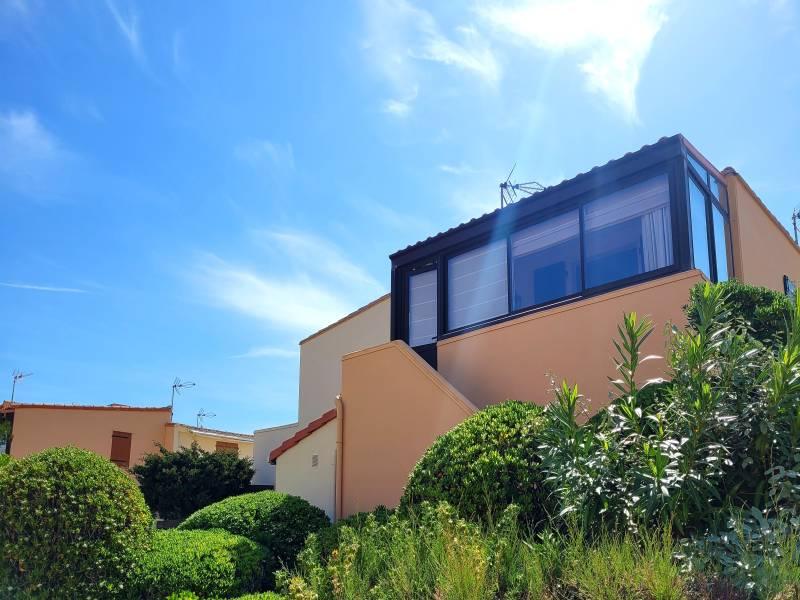appartement 2 pi ces r f 728 immobili re du port. Black Bedroom Furniture Sets. Home Design Ideas